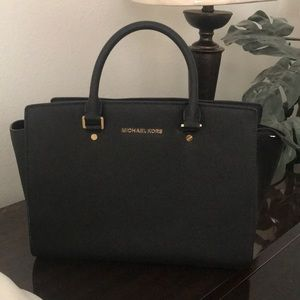 Michael Kors Large Saffiano Satchel- AUTHENTIC